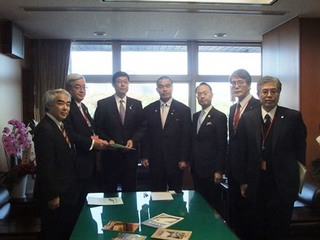 北陸新幹線要望H25.11.13-08.JPG